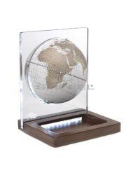 Földgömb asztali ARIA DESK fehér metál gömb fatalp led világítással plexi váz